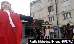 Maskota u obliku Carmela Agiusa, Livno