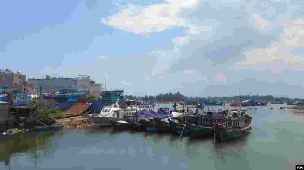 Cảng cá Bình Châu