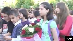 Në Shqipëri hapen shkollat; 42 mijë fëmijë shkuan në klasë të parë