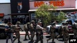 والمارٹ شاپنگ مال میں فائرنگ کے بعد سکیورٹی اہلکار فوری طور پر موقع پر پہنچے اور ملزم کو حراست میں لے لیا۔