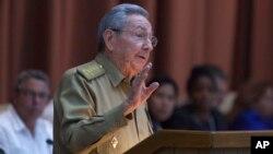 Presiden Kuba Raul Castro diharapkan dapat menghindarkan konfrontasi Korea Utara - AS (foto: dok).