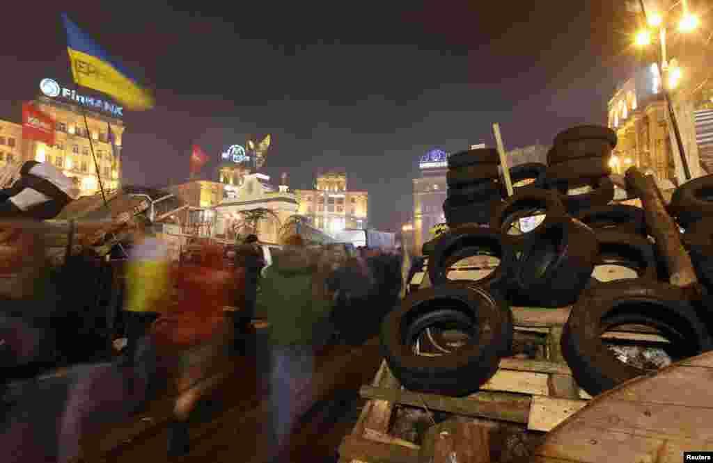 Azadlıq Meydanı - Kiyev, 15 dekabr, 2013