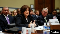 美国特勤局主任朱莉娅·皮尔逊在国会证会上