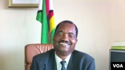 Umuvugizi w'umugambwe uri ku butegetsi muri Zimbabwe, ZANU-PF, Rugare Gumbo