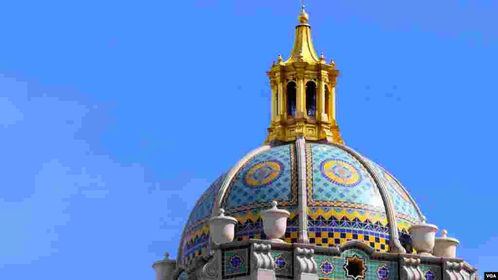 市府大楼美丽的穹顶(美国之音国符拍摄)