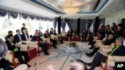 Menteri Pertahanan Chuck Hagel dalam pertemuan dengan menteri-menteri pertahanan ASEAN di Brunei, Rabu (28/8). (AP/Vincent Thian)
