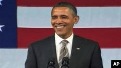 奥巴马总统在筹款集会上唱歌