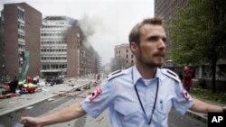 폭발 현장 주변을 통제하고 있는 노르웨이 당국 관계자