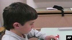 ขณะนี้ นักวิทยาศาสตร์ที่สหรัฐคิดว่า พวกตนพัฒนาวิธีตรวจว่าผู้ใดเป็นโรคออทิซึม (Autism)ได้แล้ว