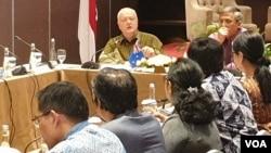 Duta Besar Australia untuk Indonesia, Gary Quinlan, mengatakan Indonesia menjadi contoh dunia bagi dialog lintas-agama. Australia juga memiliki keberagaman serupa di negaranya seiring dengan derasnya imigrasi dari berbagai belahan dunia. (VOA/Rio Tuasikal