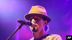 Jason Mraz attends The Star 94 Jingle Jam at The Arena at Gwinnett Center, Dec. 13, 2012, in Atlanta.