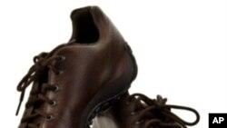 جوتوں سے سیاسی مقاصد کا حصول