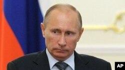 회의를 주재하는 푸틴 총리 (자료사진)
