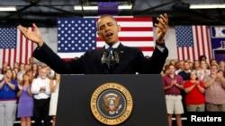 El presidente Barack Obama habla sobre la economía en el Knox College, en Galesburg, Illinois.