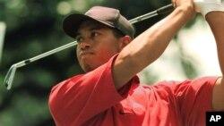 ທ່ານ Tiger Woods ທີ່ຄັ້ງນຶ່ງ ເຄີຍເປັນນັກຕີກັອຟ ທີ່ມີຊື່ສຽງດັງສຸດໃນໂລກ 