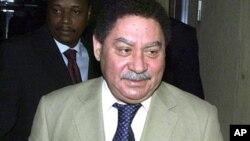 Disputa de terras: Presidente são tomense intenta acções em tribunal