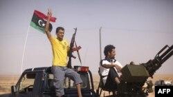 Rebelët libianë, gati të sulmojnë Bani Valid-in, bazë e forcave të Gadafit