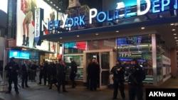 Cảnh sát canh gác tại Quảng trường Times ở New York, ngày 18/11/2015.