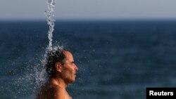 Científicos de la Administración Nacional Oceánica y Atmosférica apuntan que 2016 podría superar a 2015 como el año más caluroso en la historia.