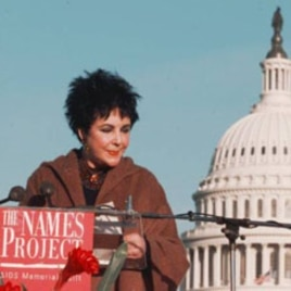 Elizabeth Taylor at a 1996 AIDS event in front of the US Capitol