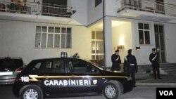 La police italienne réalisé une perquisition à Gattinara dans le Piémont.