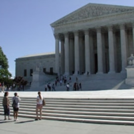 Visitors can no longer enter the front door of the Supreme Court, 07 May 2010