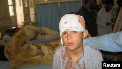 پاک افغان فوجوں کے درمیان گولہ باری کے تبادلے میں زخمی ہونے والا ایک لڑکا