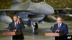 Барак Обама и Бронислав Коморовский. Варшава, Польша, 3 июня 2014.