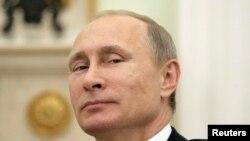 Vladimir Putin desmintió que la cooperación de su gobierno con Siria sea impulsada por la ambición.