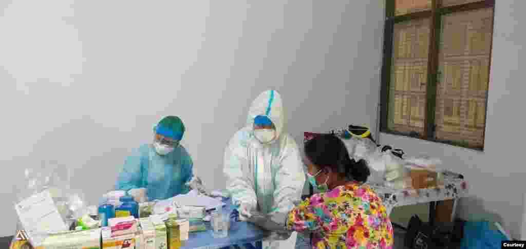 အခမဲ့Fever Clinicေဆးခန္း (PHOTOS CREDIT TO Community Fever Clinic - Yangon Network Fb and Dr Kyaw Swar Oo)
