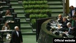 ظریف متن برجام را به مجلس داده است اما مجلس منتظر دریافت لایحه آن است