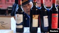 Du vin contrefait, sur le point d'être détruit