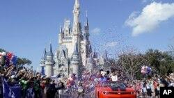 """""""Las cifras develadas representan una centésima del 1% de las 300.000 personas empleadas durante este tiempo"""", dijo Disney."""
