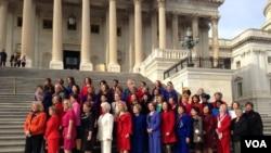 VOA现场图片:美国第113届国会宣誓就职