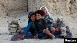 지난 2013년 6월 아프가니스탄 카불 인근 난민촌의 어린이들. (자료사진)