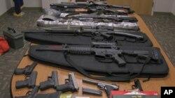 Senjata yang disita polisi di Biddeford, Maine. (Foto: Ilustrasi)
