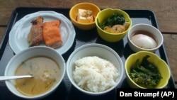 อาหารเช้าของคนญี่ปุ่น มักประกอบด้วย ข้าว ปลา ผัก และน้ำซุป