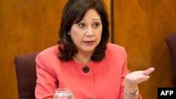 Bộ trưởng Lao động Hilda Solis nói 128 sản phẩm từ 70 quốc gia được sản xuất bằng cách sử dụng lao động vi phạm các tiêu chuẩn quốc tế