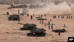 بھارتی سرحد کے قریب فوجی طاقت کا بھرپور مظاہرہ