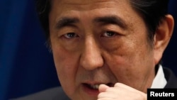 Le Premier ministre japnais Shinzo Abe ne parvient pas à relancer l'économie japonaise (Reuters)