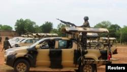 尼日利亞士兵加緊巡邏