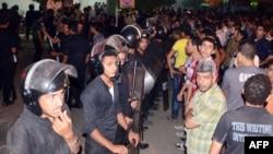 埃及曼苏拉地区警署遭炸弹袭击,警察维持秩序