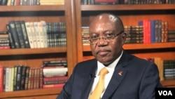 Manuel Augusto, Ministro Relações Exteriores Angola