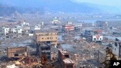 ناوتو کان: ما متحدانه میتوانیم جاپان را دوباره آباد کنیم