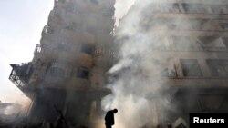دمشق کے قریبی علاقے میں تباہی کا ایک منظر