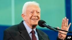 Džimi Karter odgovara na pitanja studenata na godišnjem panelu Karterovog centra, koji se održava na Univerzitetu Emori u Atlanti, 18. septembra 2019.