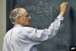 Thomas Sargent, 68, a professor at New York University who won the Nobel economics prize, teaches a class on October 10, 2011.