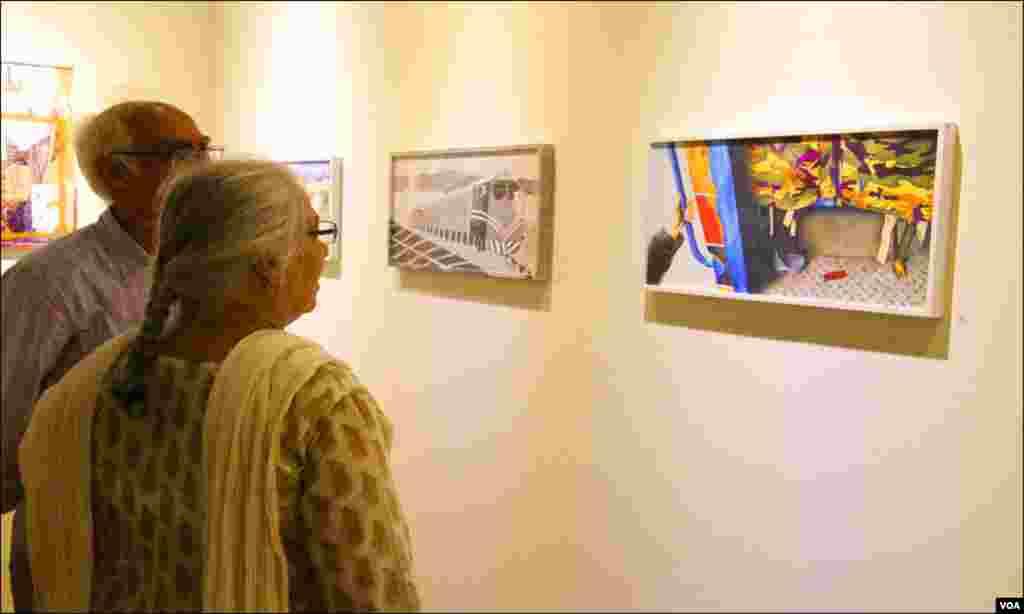 کراچی: آرٹسٹوں نے ریلوے اسٹیشن سے متعلق اپنے فن پارے ییش کئے