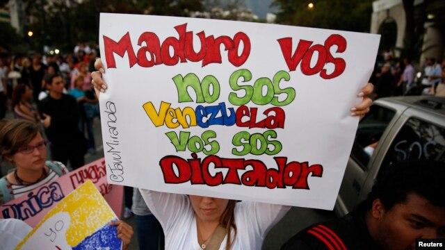 El diputado Walter Márquez también afirmó que en Venezuela se vive una dictadura moderna.