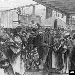 1880年的一幅图片,显示抵达纽约加登堡的大量移民